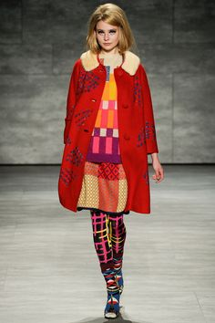 Libertine - Fall 2014 Ready-to-Wear Collection. Love the coat! High Fashion, Winter Fashion, Fashion Show, Womens Fashion, Fashion Design, Fashion Trends, Fashion Ideas, Comme Des Garcons, Look At You