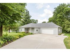 (Heartland MLS) For Sale: 2 bed, 1 bath house located at 16503 Bishop Rd, Kearney, MO 64060 on sale now for $285,000. MLS# 1996707. Looking for acreage property to live, play and hunt well here it is right in Kear...