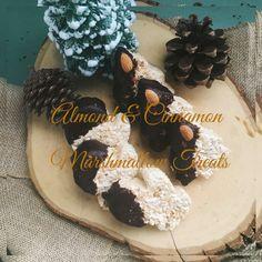 ALMOND and CINNAMON MARSHMALLOW TREATS