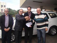 Secretaria Municipal de Saúde é beneficiada com veículo para o Caps