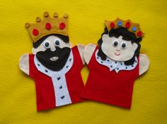 #King & #Queen felt hand puppets. Hey, I found this really awesome listing at https://lisapuppetmaker.com Sock Puppets, Felt Finger Puppets, Daniel And The Lions, Felt Magnet, Puppet Crafts, Felt Crafts, Felt Diy, Puppet Making, Puppets For Sale