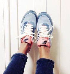 nike love. #nikes #sneakers #fashion