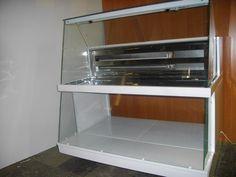 Холодильная малогабаритная витрина от фирмы РОБО. Тел.: +380501489641