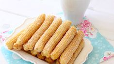 Delicious Churros Recipes Online is under construction Donut Recipes, Dessert Recipes, Desserts, Food Porn, Yummy Food, Tasty, Different Recipes, Food Videos, Love Food