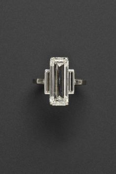 Details about 925 Sterling Silver Cz Emerald Gorgeous Three Stone Solitaire Engagement Ring Nw Art Deco Schmuck, Bijoux Art Deco, Art Deco Jewelry, Vintage Jewelry, Fine Jewelry, Art Deco Ring, Jewelry Ideas, Jewelry Rings, Jewlery