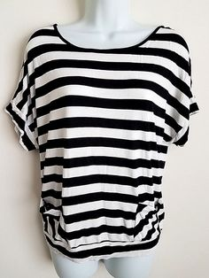 CABLE & GAUGE BLACK WHITE STRIPED SHORT SLEEVE KNIT TOP TEE SHIRT MEDIUM #CableGauge #KnitTop