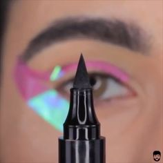 Eyeliner Hacks Tutorial Super easy winged liner tutorial by Luis. - Eyeliner Hacks Tutorial Super easy winged liner tutorial by Luisa Simone - Makeup Eye Looks, Eye Makeup Steps, Eyebrow Makeup, Skin Makeup, Eyeshadow Makeup, Makeup Brushes, Body Makeup, Makeup Dupes, Free Makeup