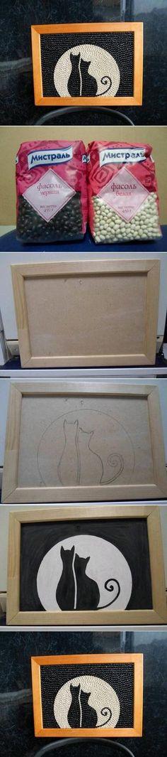 Feijões + quadro com moldura + risco do desenho + cola branca ou cola quente + verniz + pincel + pinça + paciência e capricho.