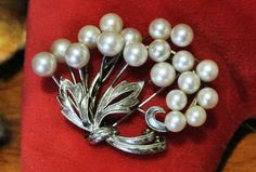 /vintage-mikimoto-pearl-brooch-1950s-50s