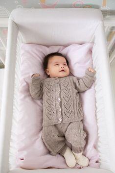 DG349-08 Truls strikkesett | Dale Garn Knitting For Kids, Baby Knitting Patterns, Merino Wool Blanket, Kids And Parenting, Knit Crochet, Sewing, Crocheting, Heaven, Tricot