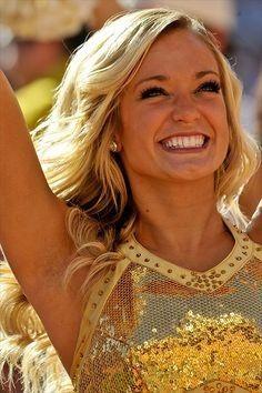 Football 2013, Football Cheerleaders, Cheerleading, Donald Glover, College Cheer, College Football, Date Night Hair, Face Brightening, Egyptian Women