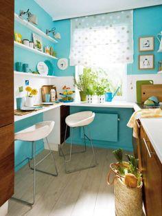 Viele Küchen sind beengt und so ungünstig geschnitten, dass wenig Platz zum Kochen, Aufbewahren oder gar Essen bleibt. Mit einer klugen Aufteilung und raffinierten Extras verschaffen Sie sich trotzdem Luft!