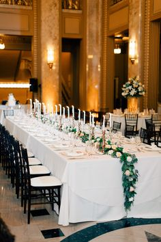 Photography: Mike Cassimatis - www.mnc-photography.com Venue: Peabody Opera House - www.peabodyoperahouse.com Floral Design: Ladue Florist - www.ladueflorist.com   Read More on SMP: http://www.stylemepretty.com/2016/01/25/classic-st-louis-opera-house-wedding/