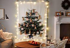 Faux sapin de Noël sur du tissu