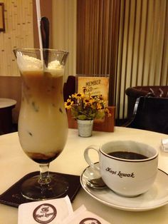 Coffee time at Kopi Luwak Cafe