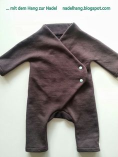 … with the tendency to the needle: Nest Breeder – Jumpsu … – … … mit dem Hang zur Nadel: Nestbaufieber – Jumpsu… – - Cute Adorable Baby Outfits Cool Kids Clothes, Diy Clothes, Baby Jumpsuit, Baby Dress, Baby Boy Outfits, Kids Outfits, Baby Sewing Projects, Baby Kind, Free Baby Stuff