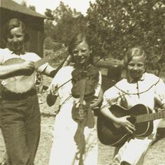 The Music of Appalachia: Process Appalachian People, Appalachian Mountains, Old Pictures, Old Photos, Old Country Music, Americana Music, Mountain Music, Music Photo, Folk Music