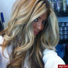 gorgeous blonde hair #curls