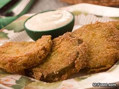 Fried Green Tomatoes - Looking for an easy recipe for Fried Green Tomatoes? Mr. Food has the answer with this down-home southern classic quick side dish idea you can make no matter where you live!