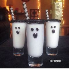 BOO-SHOOTERS  White Chocolate Liqueur Cake Vodka Cream  Black Icing