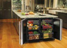 Inbuilt fridge in bench