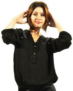 Camasa Dama Bouffant  -Camasa dama casual  -Model bufant usor de purtat  -Detaliu decolteu in V, cu nasturi rotunzi aurii si maneci reglabile     Lungime: 57cm  Latime talie: 44cm  Compozitie: 95%Vascoza, 5%Elasten
