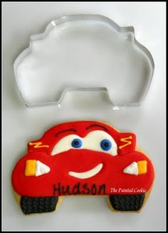 This cookie design will make a sweet almost 4 year old very happy. Nice website too - custom designs by Susan Schmitt.