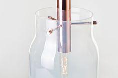 DECHEM_Bandaska light_detail_mint glass_photo_Kristina Hrabetova_dechemstudio.com