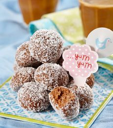 These classic bite size pieces are also known as rum balls or truffles, they are of course alcohol free. Cadbury Recipes, Cocoa Recipes, Easy Baking Recipes, Sweet Recipes, Snack Recipes, Kitchen Recipes, Caster Sugar Recipe, Childrens Baking, Kid Friendly Meals