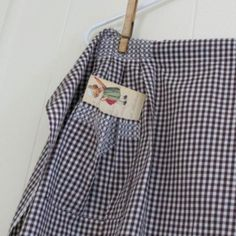 Vintage Apron  Gingham Brown  French  Chicken by chrystelle
