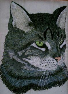 needlepainted kitteh by Victoria Crowder Payne