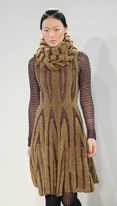 Craig Lawrence - http://www.knitweartrends.com