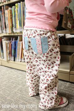 Pine Cone Pants  Cute little pants... don't know why they are called Pine Cone Pants... easy to make.. cute for the little ones.