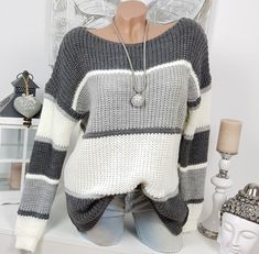 Zum Vergleich: Die Puppe hat ca…. Pullover Mode, Knit Vest Pattern, Stylish Winter Outfits, Sweater Fashion, Sweater Weather, Crochet Clothes, Cardigans For Women, Pulls, Fashion Outfits