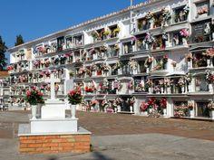 Cimetière de Comares (Andalousie / Espagne)