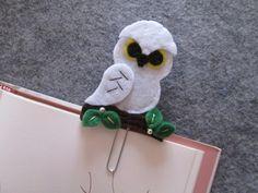 Owl bookmark - Planner clip - Felt bookmark - Handmade bookmark - Graffetta/ segnalibro con civetta delle Nevi in feltro - Planner love - Regali per lettori - di TinyFeltHeart su Etsy