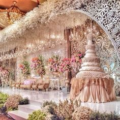 How grand is this #weddingstage?