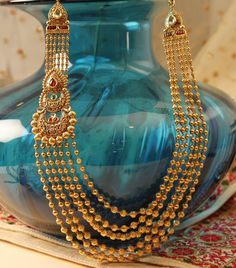 Elegant Necklace selected just for you Gold Bangles Design, Gold Jewellery Design, Gold Jewelry, Bridal Jewelry, Jewellery Earrings, India Jewelry, Gold Necklaces, Diamond Jewellery, Diamond Necklaces