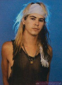 young Duff McKagan