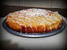 """עוגת """"רונה""""- עוגת חמאה, סוכר חום ורוויון עם זיגוג רוויון מתוק"""
