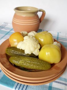 Hungarian Recipes, Hungarian Food, Cauliflower, Food And Drink, Canning, Vegetables, Ethnic Recipes, Cook Books, Hungarian Cuisine