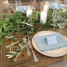 The perfect summer place setting with the Arte Italica charger from POSH. Design by Stefanie Miles. Other vendors include: Bows and Arrows Flowers, La Tavola Linen, Graceline. La Tavola Linen, Place Settings, Bows, Table Decorations, Charger, Flowers, Summer, Design, Home Decor