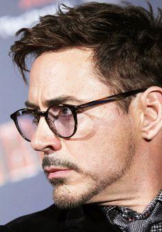 Robert Downey Jr. (2013, Iron Man 3 press tour)