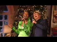 (16094) Barry Manilow, Yolanda Adams & Clay Aiken - Santa Claus is coming to town - YouTube