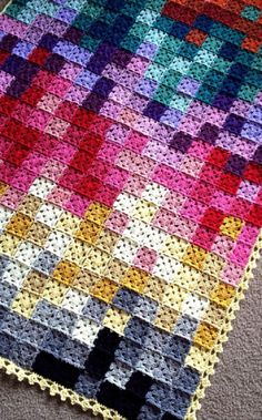 Amazing Pixelated Granny Squares Crochet Blanket