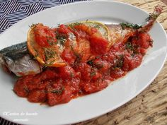 macrou cu sos de rosii Romanian Food, Ratatouille, Bruschetta, Tandoori Chicken, Shrimp, Healthy Recipes, Healthy Food, Cooking, Ethnic Recipes
