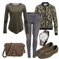 Freizeit Outfits: StrongGirl bei FrauenOutfits.de ___ #outfit #damenoutfit #fashion #fashioninspiration #lookbook #stylebook #outfitinspiration #freizeitoutfit #casual #casualstyle #ballerinas