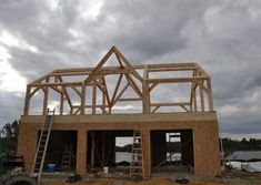 Cabin Creek Timber Frames is made up of a team of experienced professionals in Franklin, North Carolina who know their craft and are passionate about their craft. You can see this dedication illustrated in our Timber Frame construction portfolio below. Metal Roof Houses, House Roof, Timber Frames, Barns, Construction, Exterior, Cabin, Gallery, Home