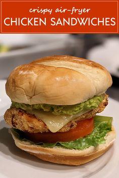 Avocado Bread, Avocado Food, Fresh Avocado, Mashed Avocado, Fried Chicken Sandwich, Crispy Chicken, Yummy Recipes, Cooking Recipes, Yummy Food