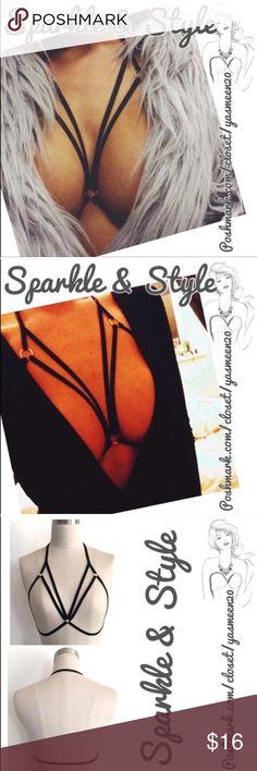 ✨MULTI-STRAP BRA✨ Made to be exposed! Sexy black, low back multi strap bra. Intimates & Sleepwear